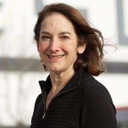 Beth Loeb Davies